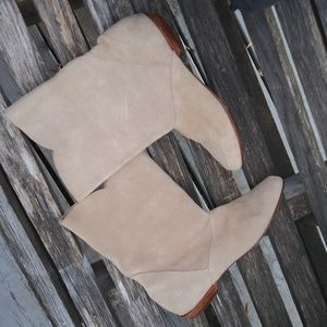 Randy River booties sz7